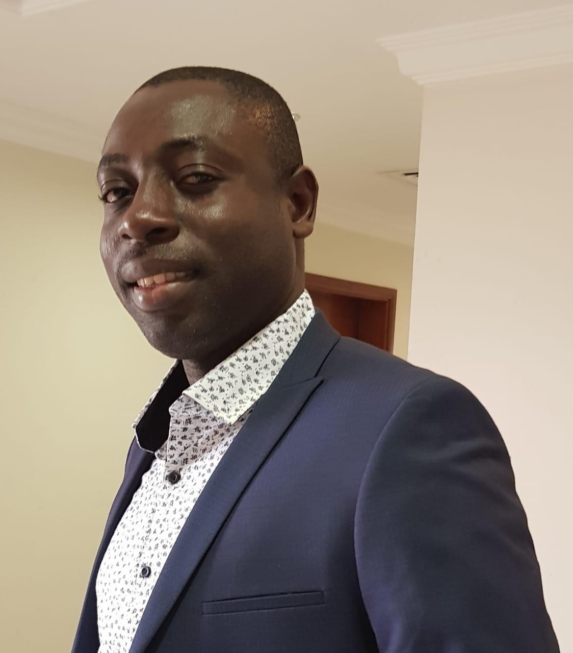 Dr. Moses M. SOLOMON (Nigeria)